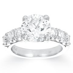 Magnificent Claw Set Round Diamond Ring
