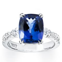 Tanzanite with Pears