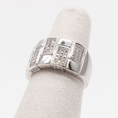 Rectangular Pave Sectioned Tapered Ring