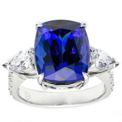 Cushion Tanzanite with Pears