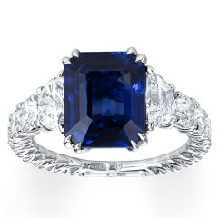Emerald Cut Sapphire with Trapezoids