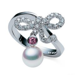 Bow and Pearl Ring