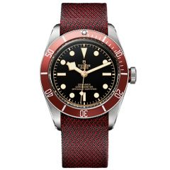 Heritage Black Bay Red