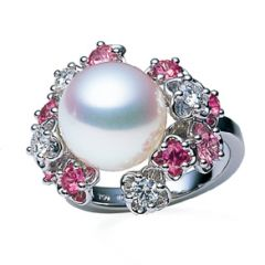 Ornate Flower and Pearl Ring