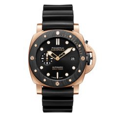 Submersible Goldtech™ OroCarbo - 44mm Automatic, self-winding P.900 calibre